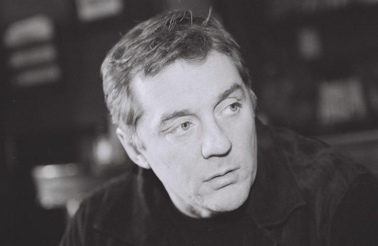 Live Chat/Interview with crime fiction author Michael Harvey 4/25/10